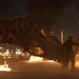 """No trailer de """"Homem-Aranha: De Volta ao Lar"""", Peter (Tom Holland) vira vítima do vilão Abutre (Michael Keaton)"""