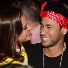 Bruna Marquezine e Neymar Jr. comemoram vitória do Brasil em clima de romance