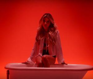 "Veja ""Hipnose"", novo clipe de Manu Gavassi"