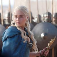 """Emilia Clarke, de """"Game of Thrones"""", vai estrelar suspense psicológico"""