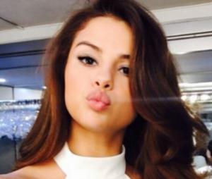 Selena Gomez está com as madeixas diferentes!