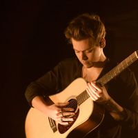Harry Styles e seu álbum solo: 5 motivos para ouvir o primeiro CD dele fora do One Direction!