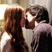 """Como assim?! Thales vai beijar o fantasma de Nicole em """"Amor à Vida""""!"""