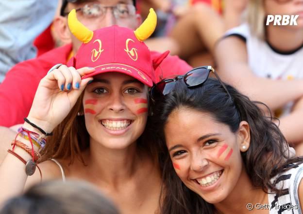 Torcedoras espanholas animada durante a Copa!