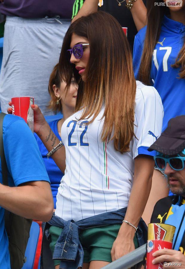Gata chama atenção na torcida da Copa