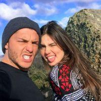 """Camila Queiroz, de """"Pega Pega"""", se declara para Klebber Toledo: """"Orgulhosa do homem que você é"""""""