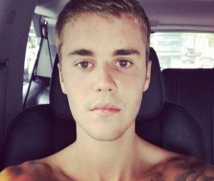 Justin Bieber relembra tempos em prisão e faz promessa aos seus seguidores