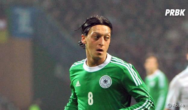 Craque da seleção alemã, Özil gosta de um bom filme de terror