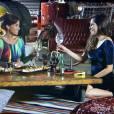 """Clara (Giovanna Antonelli) aceitou o pedido de casamento de Marina (Tainá Müller) na história de """"Em Família"""""""