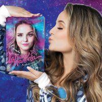 Larissa Manoela atinge marca impressionante com vendas de seu segundo livro!