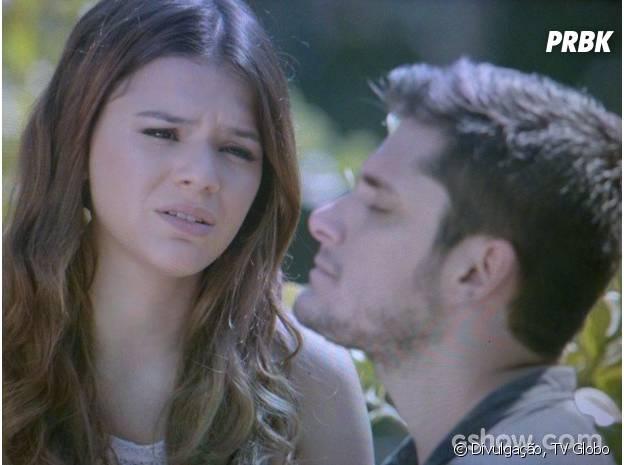 """Na história de """"Em Família"""", a Luiza (Bruna Marquezine) terminou com André (Bruno Gissoni), um cara super legal, para ficar com Laerte (Gabriel Braga Nunes)"""