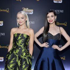 """De """"Descendentes 2"""": Dove Cameron e Sofia Carson arrasam em São Paulo na première!"""
