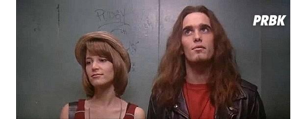 """Vida de Solteiro"" retrata época do grunge nos Estados Unidos"