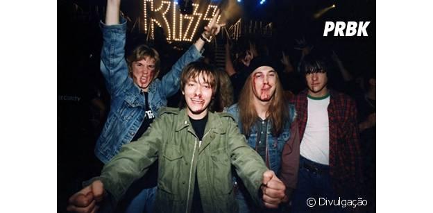 """Detroit Rock City"" traz fãs de Kiss correndo atrás da banda"