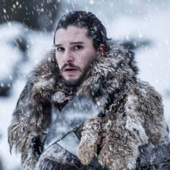 """De """"Game of Thrones"""": Emilia Clarke, Kit Harington e os salários das estrelas da série!"""