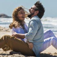 """Final """"Os Dias Eram Assim"""": Alice e Renato ficam juntos e aparecem mais velhos!"""
