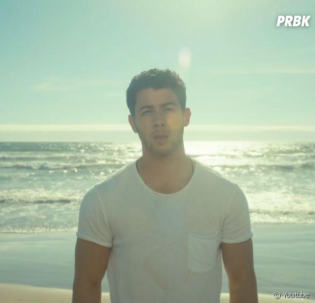 """Nick Jonas lança clipe de """"Find You"""" e deixa fãs orgulhosos com alto nível da produção!"""