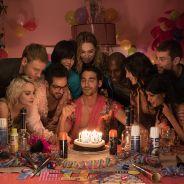 """De """"Sense8"""": Miguel Ángel Silvestre posta foto do roteiro do episódio especial e fãs surtam!"""