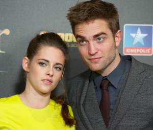 """Kristen Stewart e Robert Pattinson se conheceram durante o filme """"Crepúsculo"""", porém, não estavam mais juntos quando trabalharam na última sequência da saga"""