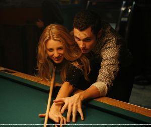 """Blake Lively e Penn Badgley namoraram durante """"Gossip Girl"""", mas o relacionamento não durou muito. Mesmo assim, continuaram trabalhando juntos ao longo da série"""
