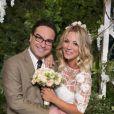 """Em """"The Big Bang Theory"""", os personagens de Johnny Galecki e Kaley Cuoco até se casaram. Porém, o relacionamento dos dois na vida real chegou ao fim logo no início da série"""