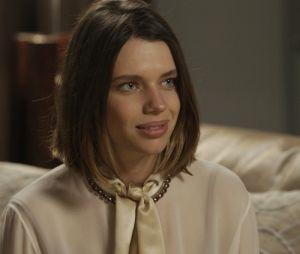 """Em """"A Força do Querer"""", Cibele (Bruna Linzmeyer) se casa sem um noivo"""