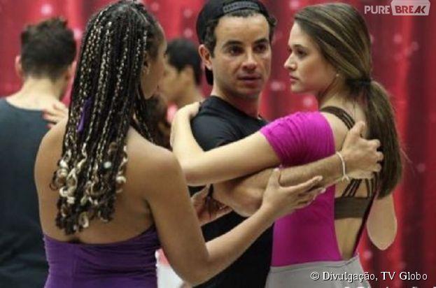 """Juliana Paiva está animada com a """"Dança dos Famosos"""" e dispara sobre o samba: """"Está no sangue"""""""