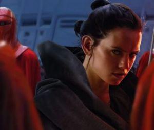 """Daisy Ridley é contra um romance para Rey em """"Stars Wars"""""""
