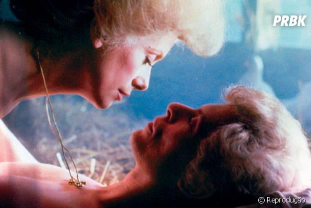 """Catherine Deneuve e David Bowie em """"Fome de Viver"""""""