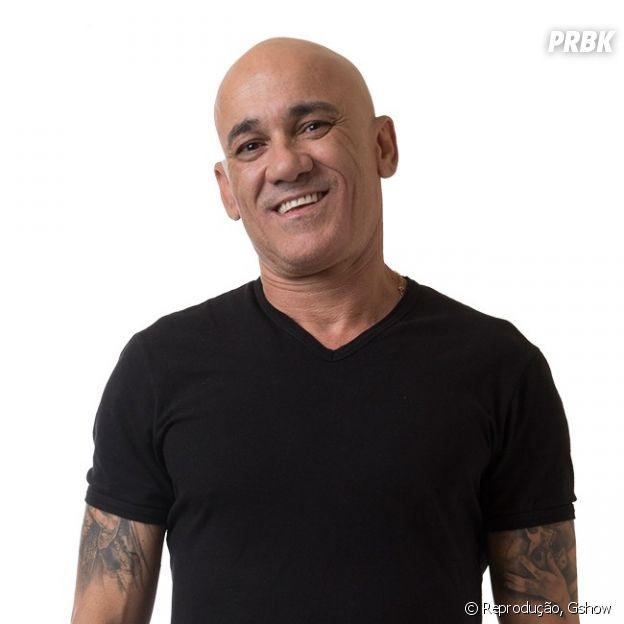 """Ayrton é um dos membros da família Lima que disputam vaga no """"BBB18"""""""