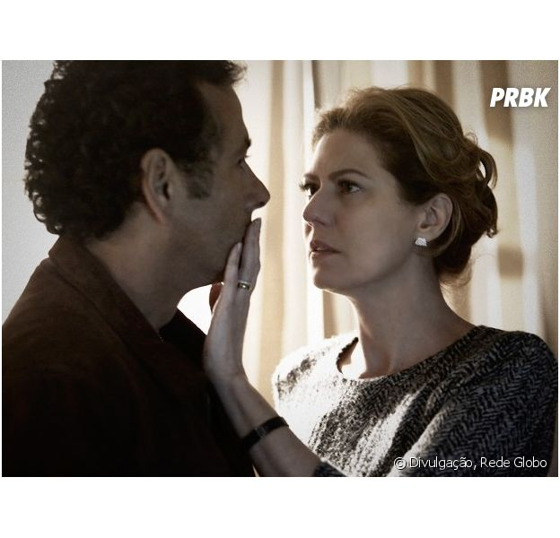 "Clima esquenta entre Pedroso (Marcos Palmeira) e Ângela (Patricia Pillar), na novela ""O Rebu"""