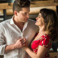 """Novela """"O Outro Lado do Paraíso"""": Clara e Patrick decidem se casar mas mantêm segredo!"""