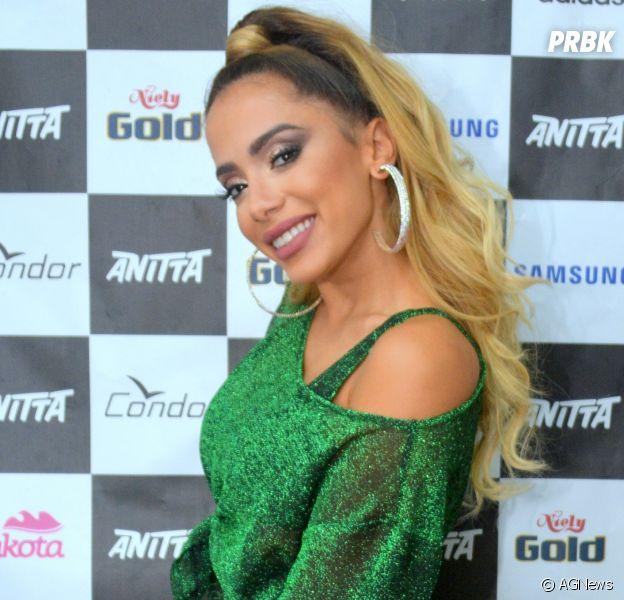 Veja 10 boatos que Anitta já desmentiu nas redes sociais!