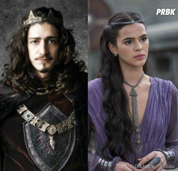 """Em """"Deus Salve o Rei"""": Catarina (Bruna Marquezine) seduz Rodolfo (Johnny Massaro) com a intenção de unir Montemor e Artena"""