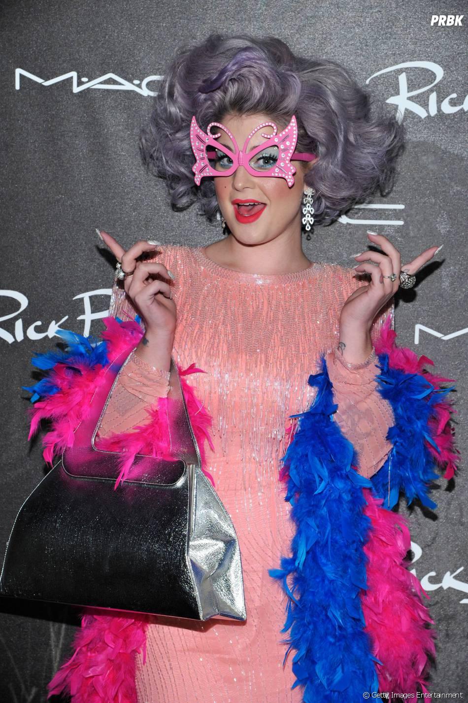 Kelly Osbourne não curtiu o bolo e ainda alfinetou Lady Gaga nas redes socias
