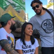 """Gleici e Wagner, do """"BBB18"""", conhecem projetos no Complexo do Alemão e são elogiados pelos fãs"""