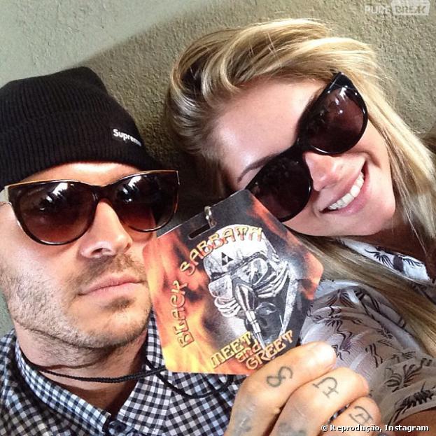 Matheus Verdelho cobre tattoo de Bolina com uma caveira