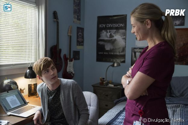 "Segunda temporada de ""13 Reasons Why"" divide opiniões de críticos americanos"
