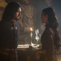 "Novela ""Deus Salve o Rei"": Afonso expulsa Catarina do castelo por conta da Amália!"
