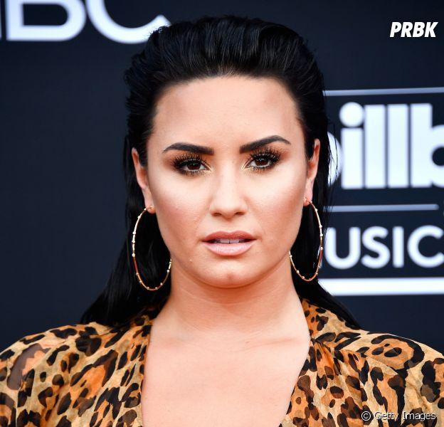 Demi Lovato confirma que Becky G fará shows de abertura no Brasil