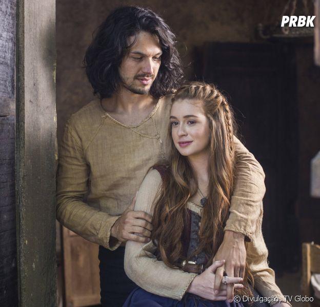 """Em """"Deus Salve o Rei"""", Afonso (Romulo Estrela) termina com Amália (Marina Ruy Barbosa) e casa com Catarina (Bruna Marquezine)"""