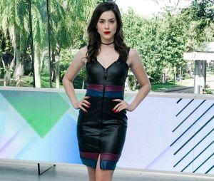 """Sophia Abrahão costuma optar por vestidos justos à frente do programa """"Vídeo Show"""""""