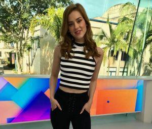 """Até os looks mais básicos usados por Sophia Abrahão no """"Vídeo Show"""" são de babar"""