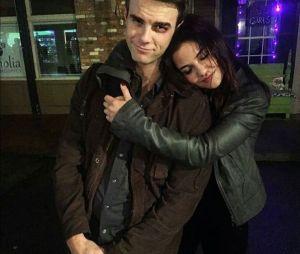 """Kol (Nate Buzolic) e Davina (Danielle Campbell) estão casados na 5ª e última temporada de """"The Originals"""""""