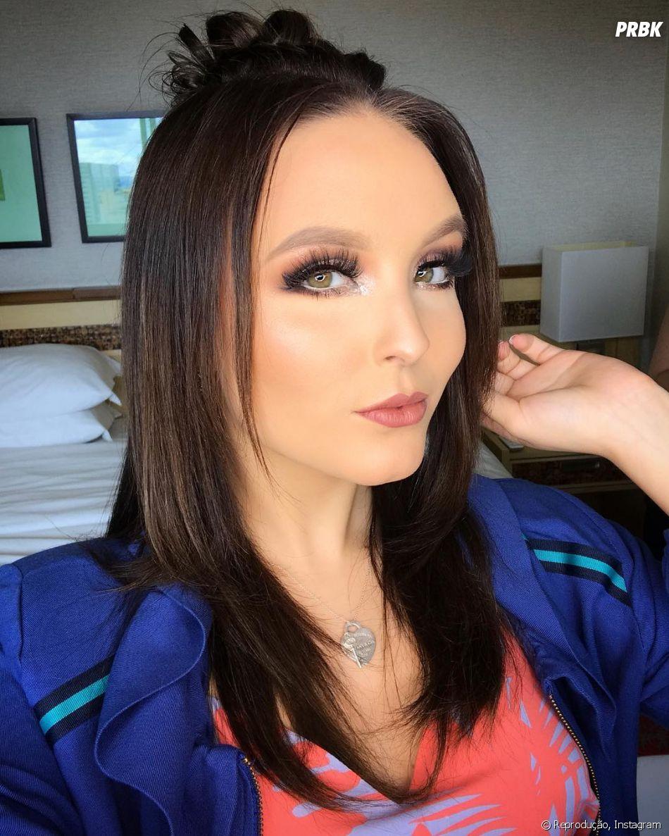 Sondada pela Globo, Larissa Manoela tem contrato assinado com o SBT até o  final de 2019 659a393436