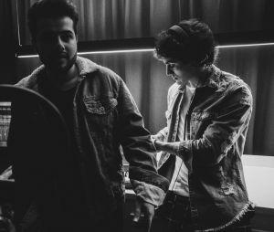 """Christian Figueiredo e """"Grupo 2B"""" lançam clipe de """"Eu e você"""""""