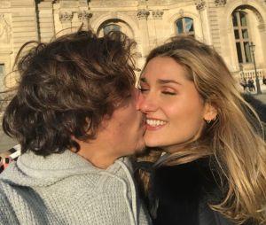 Sasha Meneghel e Bruno Montaleone vivem longe mas mantém um relacionamento firme