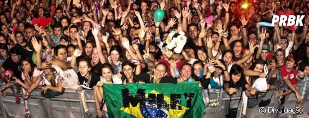 Fãs brasileiros já lotaram apresentações de Miley Cyrus no Brasil, em 2009