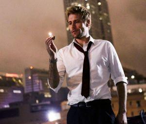 """Em """"Legends of Tomorrow"""", Constantine vai aparecer pelado em cena no chuveiro"""