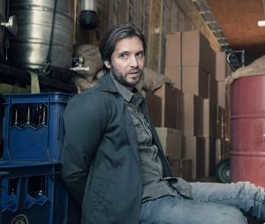 "Em ""Fear The Walking Dead"": showrunners falam sobre morte de Jim (Aaron Stanford)"